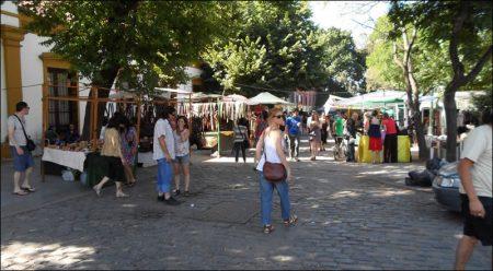 Feria Artesanal de Plaza Francia