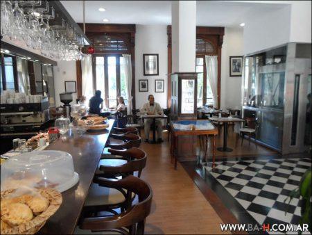 Un Café con Perón, bar temático