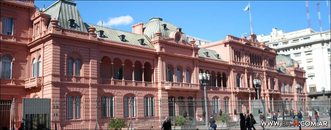 Fachada de La Casa Rosada