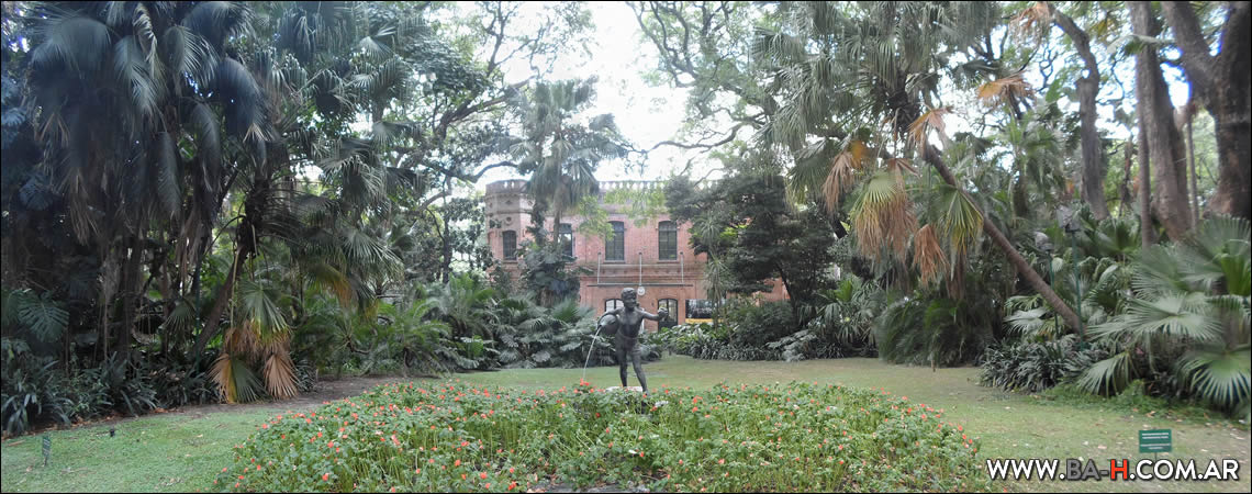 Entrada al Jardín Botánico de Buenos Aires