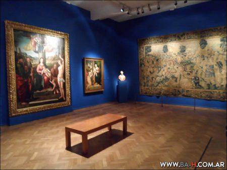Visitando el Museo Nacional de Bellas Artes