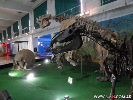 Dinosaurios en el Museo Argentino de Ciencias Naturales