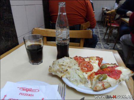 Comer en Pizzería Güerrín