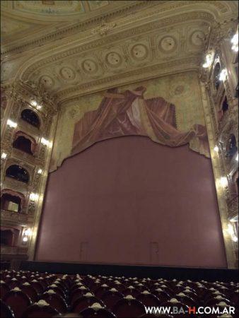 Escenario del Teatro Colón