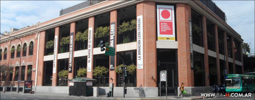 Fachada del Museo de Arte Moderno de Buenos Aires