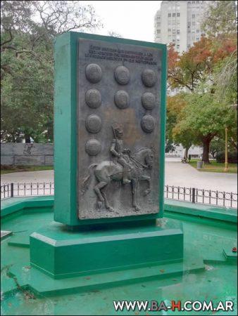 Monumento Plaza General San Martín
